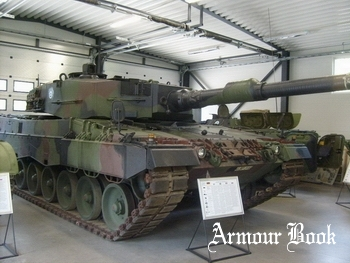 Leopard 2A4 [Walk Around]