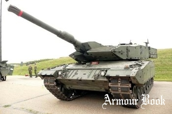 Canadian Leopard 2A4M [Walk Around]
