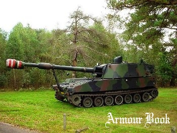 Dutch M109A2-90 [Walk Around]