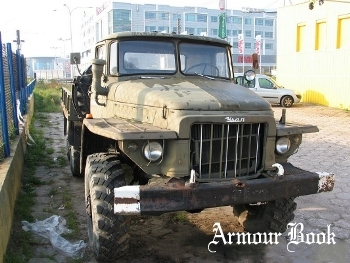 Ural-375D Russian general purpose 4.5 ton 6x6 truck [Walk Around]