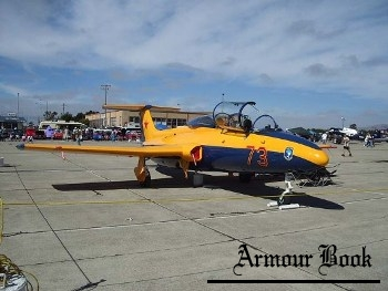 Aero Vodochody L-29 Delfin [Walk Around]