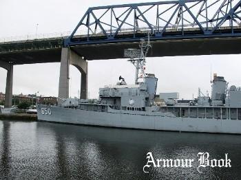 USS Joseph P.Kennedy Jr. DD-850 [Walk Around]