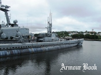 USS Lionfish SS-298 [Walk Around]