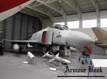 McDonnell Douglas Phantom FGR.2 [Walk Around]