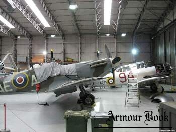 Supermarine Spitfire Mk.Vb [Walk Around]