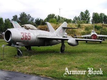 MiG-15 [Walk Around]