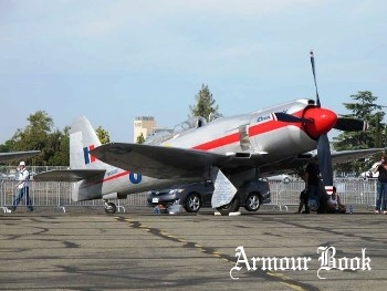 Hawker Sea Fury T.20 Racer 'Dreadnought' [Walk Around]
