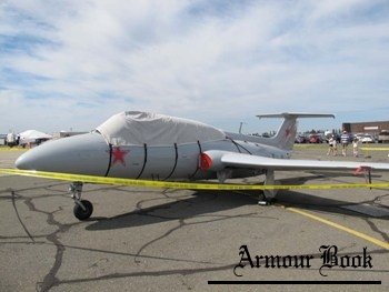 L-29 Delfin [Walk Around]