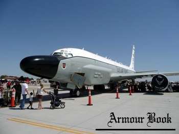 Boeing RC-135W Rivet Joint [Walk Around]