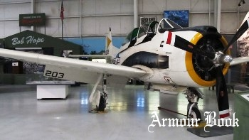 North American T-28B Trojan [Walk Around]