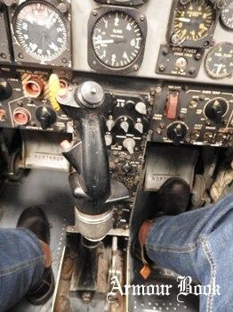 Northrop F-5A + Cockpit [Walk Around]