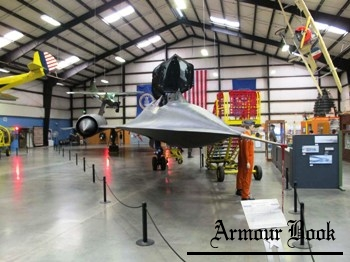 Lockheed SR-71A Blackbird [Walk Around]