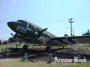 Douglas C-47A-90-DL Skytrain [Walk Around]