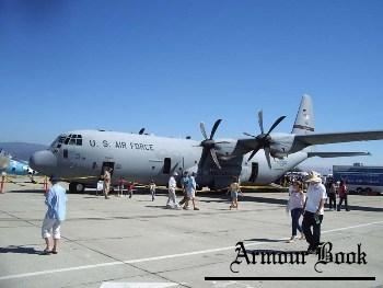 Lockheed C-130J Hercules [Walk Around]