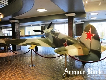 Yakovlev Yak-9 [Walk Around]