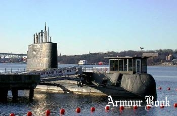 Submarine USS Nautilus [Walk Around]