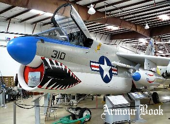 A-7B Corsair II [Walk Around]