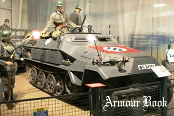Sd.Kfz.251/6 Ausf.A Half-Track [Walk Around]
