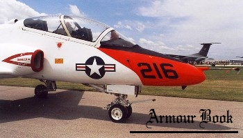 T-45 Goshawk [Walk Around]