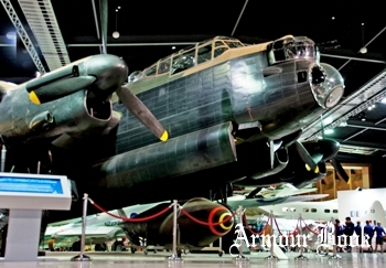 Avro Lancaster [Walk Around]