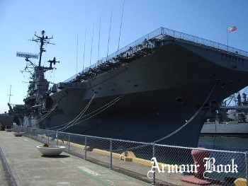 USS Hornet CVA-12 (Full Version) [Walk Around]