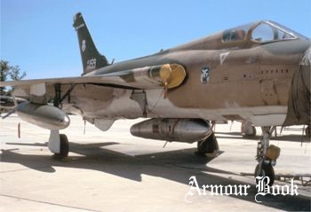 F-105D Thunderchief Composite [Walk Around]