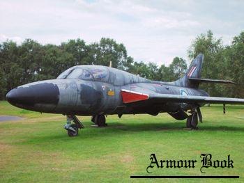 Hawker Hunter T.7A [Walk Around]