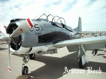 T-28C Trojan [Walk Around]