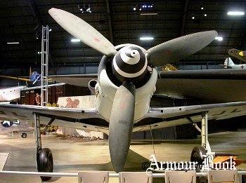 Focke-Wulfe 190 D-9 [Walk Around]