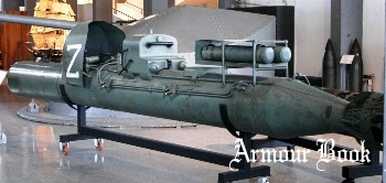 Human torpedo 'Maiale' Walk Around